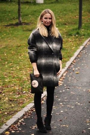 gray checkered Tommy Hilfiger coat - black Givenchy bag