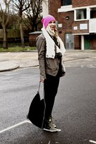 hot pink Topshop hat - dark khaki shearling Helmut Lang jacket