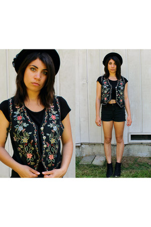 black H&M boots - black denim DIY shorts - black boho vintage vest