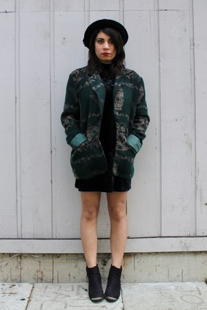forest green vintage jacket - black H&M boots