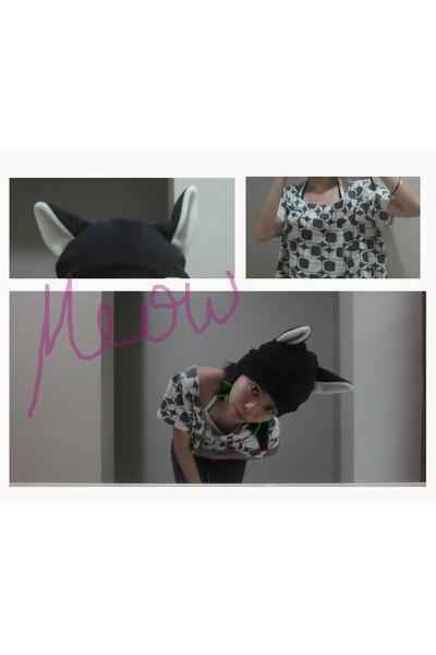 black pants - black Bright Ideas hat - white Jewels top