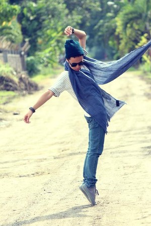 H&M scarf - H&M shoes