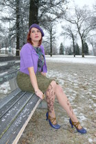 purple beret le chateau hat - amethyst Bisou Bisou top