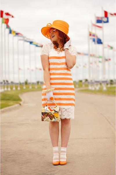ivory lace vintage gloves - ivory lace stripes bcbg max azria dress