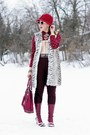 Light-pink-fluevog-boots-maroon-guess-purse