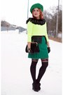 Black-leather-chie-mihara-boots-lime-green-neon-forever-21-sweater