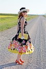 Black-flower-print-jones-new-york-dress-white-daisy-flowers-vintage-hat