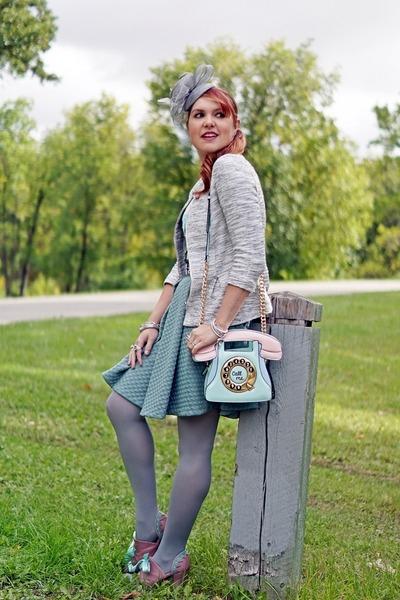 pink bag - silver hat - heather gray blazer - salmon heels - aquamarine skirt