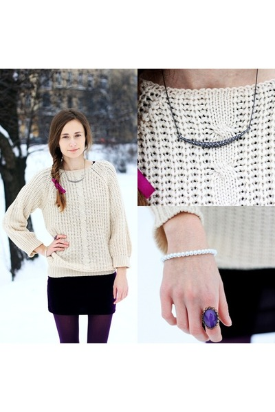 sweater - ring