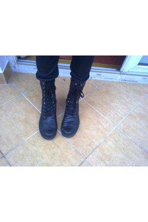 black H&M boots - black H&M pants