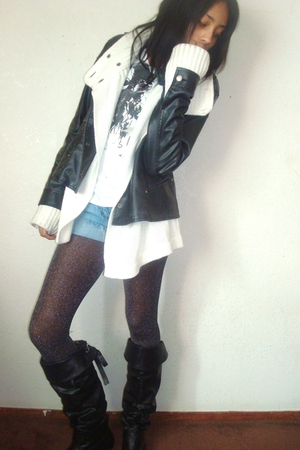 black Forever21 tights - black Mars boots - blue Mars shorts - black thrift jack