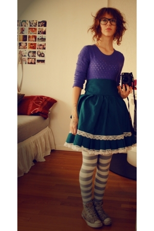 vintage sweater - homemade skirt - lindex tights