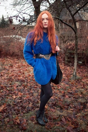 blue sweater - black tights - black vintage belt