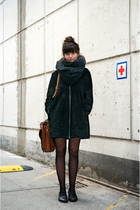 scarf - coat - tights - shoes - purse