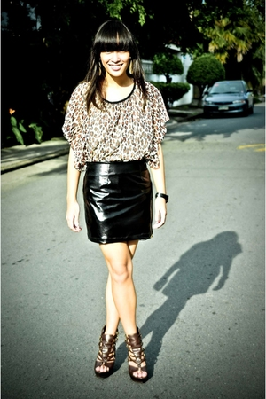 black skirt - brown blouse
