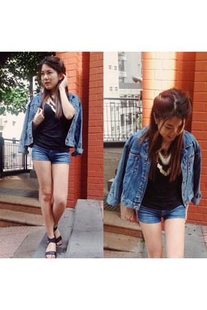 denim jacket Urban Outfitters jacket - fringe H&M bag - denim shorts Zara shorts