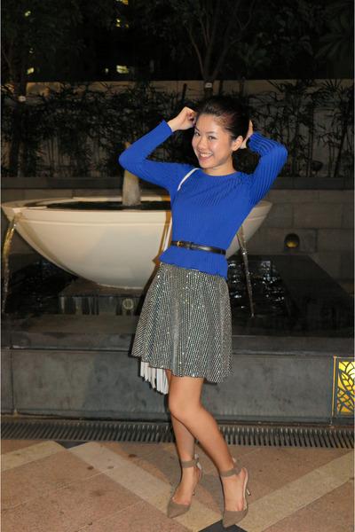 1e8d816e2a8130 blue crop top ALand top - ivory fringe tassel H M bag - black Zara skirt