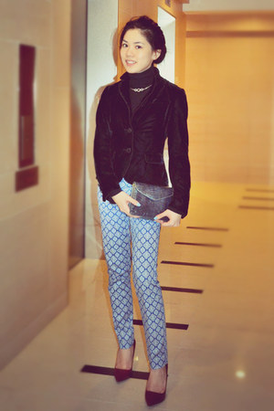 maroon Zara heels - sky blue office Zara pants
