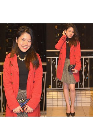 red trench coat Zara coat - black Zara skirt - black Nine West pumps