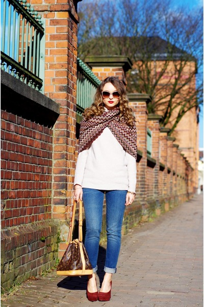 Missoni scarf - sky blue 7 for all mankind jeans - off white Stefanel sweater