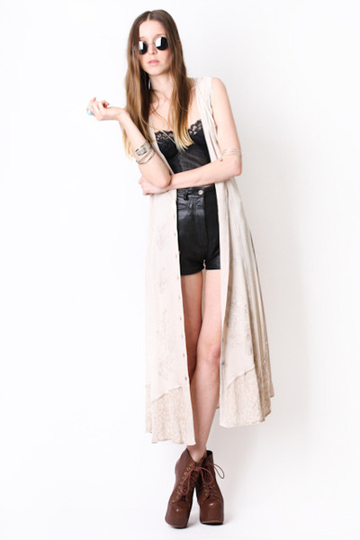 maxi waistcoat Yayer Modern dress - black leather Yayer Vintage shorts - Jeffrey
