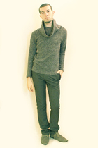 gray Npfeel sweater - gray Zara pants - gray H&M shoes