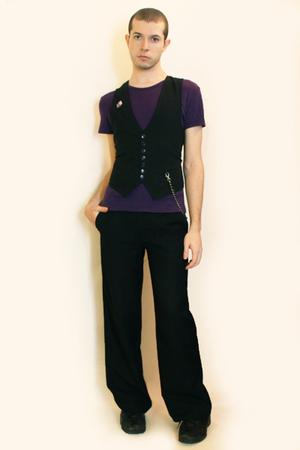 t-shirt - vest - pants