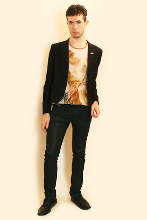 light orange vivienne westwood t-shirt - black Npfeel blazer - black Zara pants