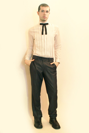 H&M shirt - vintage from etsy tie - Zara pants - boots