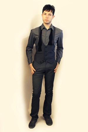 Zara shoes - H&M shirt - Topman tie - Zara pants - From Harajuku Tokyo vest