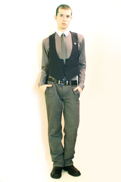 gray Zara shirt - blue Hanjiro vest - gray Hanjiro tie - gray Sisley pants - blu