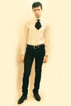 cream H&M shirt - black Deepstyle tie - black Zara pants - black Zara shoes - si