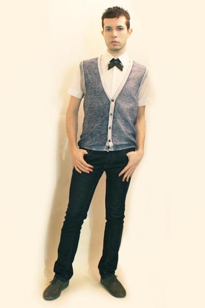white Zara shirt - blue Sisley vest - gray Etsy tie - blue Zara jeans - gray Zar