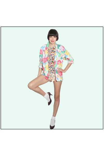 floral print YO VINTAGE blazer - wonder bread YO VINTAGE shorts