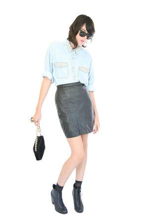 blue YO VINTAGE shirt - black YO VINTAGE skirt - black Urban Outfitters boots