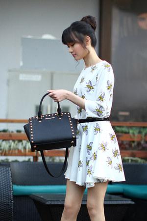 L G Modern dress