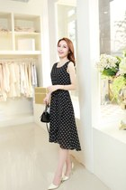 Xin Si Doig Dresses