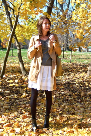 gold from tjmax jacket - white H&M skirt - brown watch is vintage