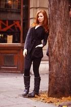 dark gray YUKI TOKYO jacket - black leggings