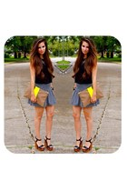 black crop top Naaz shirt - yellow neon clutch Madly-yours purse