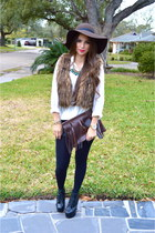 faux fur Forever21 vest - black booties Jeffrey Campbell shoes