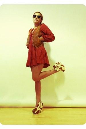 bronze Jeffrey Campbell wedges - tawny Nasty Gal dress