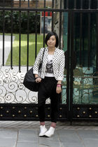 white t-shirt - white DIZEN blazer - black united colors of benetton bag - black