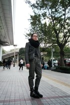 black puzzle boots - dark gray biker tweed jacket - black H&M scarf - black stud