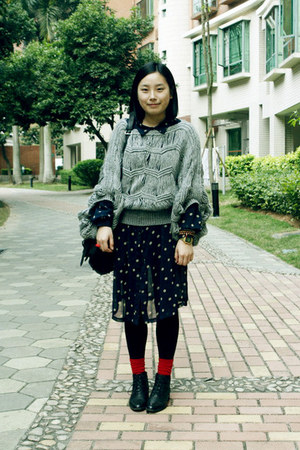 black Bata boots - navy Sie go dress - heather gray sweater - black rubi bag - r