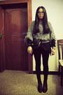 Black-bata-boots-charcoal-gray-sukiired-sweater-black-zara-tights