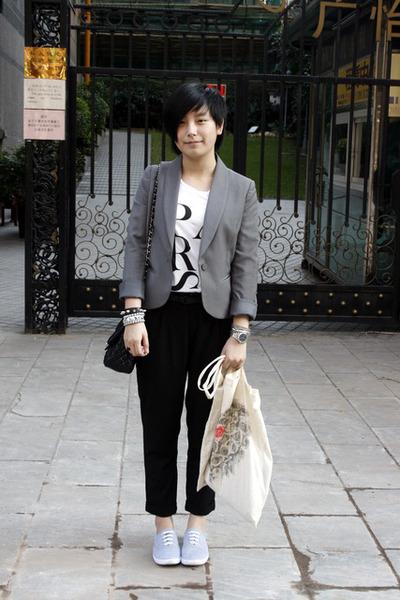 gray TH blazer - white chapel t-shirt - black pants - black purse - gray rubi sh