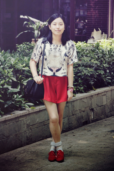White Tiger H&M Ts, Shirts, Red Shoes, Black Bags, Red Shorts ...