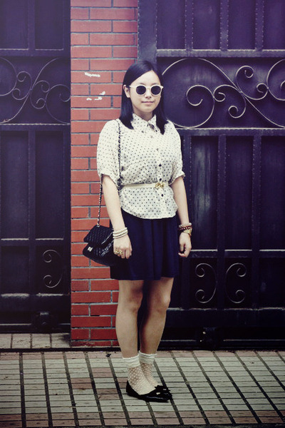 navy H&M dress - black bag - white polka dots socks - cream H&M sunglasses