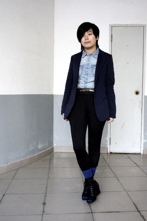 blue McQueen blazer - blue H&M shirt - brown Mango belt - black pants - blue H&M